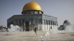 Baražna raketna vatra na Izrael i izraelska odmazda posle sukoba u Jerusalimu