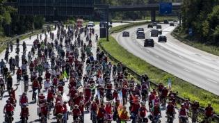 Protest protiv klimatskih promena u Frankfurtu uporedo sa Sajmom automobila