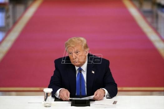 Tramp potpisao zakon i dekret kojima SAD kažnjavaju Kinu