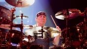 Preminuo bubnjar Nil Pert (VIDEO)