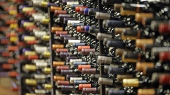 Čuveni francuski kuvar predlaže naručivanje boce a ne čaše vina