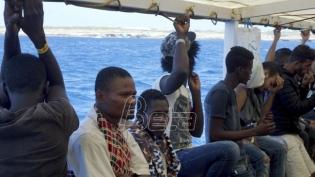 Open arms: Brod s migrantima neće prekršiti zakon i uploviti u italijansku luku