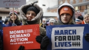 Bela kuća pozdravila mlade Amerikance koji protestuju protiv naoružavanja gradjana (VIDEO)