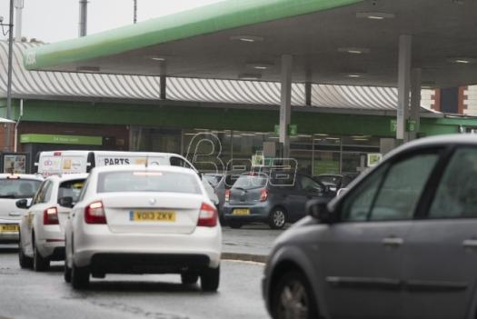 RFE / RL: Panic on the roads of Great Britain due to fuel (VIDEO)