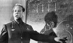 Umro Aleksej Leonov koji je prvi izveo svemirsku 'šetnju'