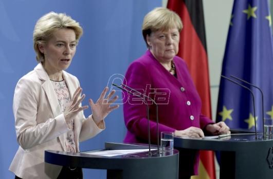 Predsednica EK smatra da je NATO izvanredna institucija uprkos kritikama