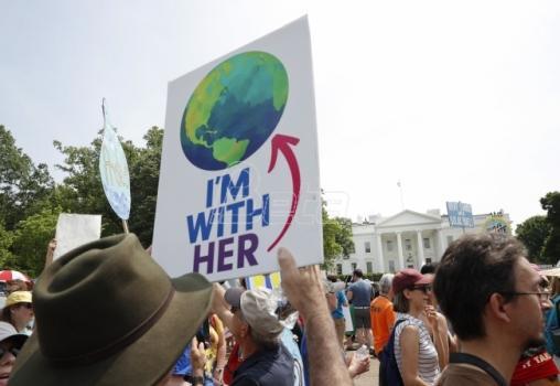 SAD i dalje prisustvuju klimatskim pregovorima, ali se čeka odluka o napuštanju sporazuma