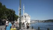 Orhan Pamuk:  Gradjani Turske ne žele Erdoganovu strahovladu