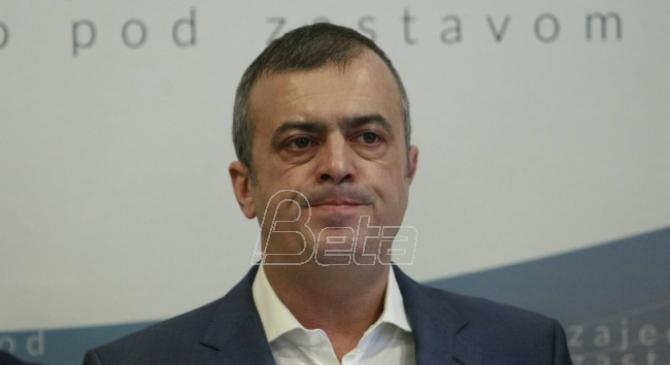 Sergej Trifunović predao pismo za poslanike SNS: Glasali ste protiv dece