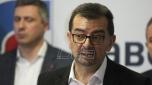 Veselinović: Vučiću, zatvori Zadrugu i Farmu, umesto što zatvaraš poljoprivrednike