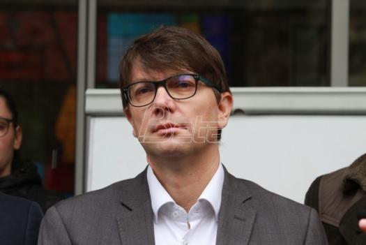SzS: Centralizacija upravljanja poslovnim prostorom u Beogradu izazvala katastrofu