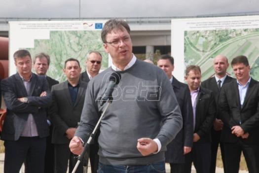 Aleksandar Vučić o Juri: Evo, to je ta užasna fabrika o kojoj pričaju, a ja sam ponosan kako izgleda... Nisam video ni čuvene pelene