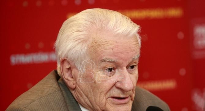 Mićunović: Bojkot besmislen, manji cenzus opasan i za Vučića i za njegove protivnike
