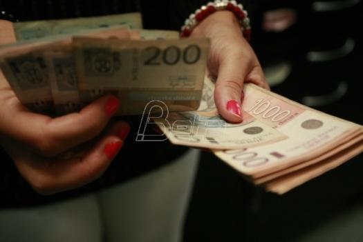 Prosečna plata u Srbiji u oktobru veća za 5,7 odsto
