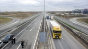 Dve osobe poginule na autoputu Šid-Beograd