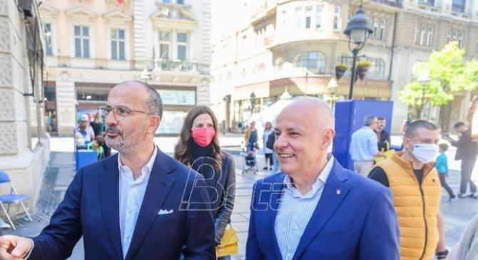 Fabrici i Radojičić posetili EU karavan povodom Dana Evrope (VIDEO)