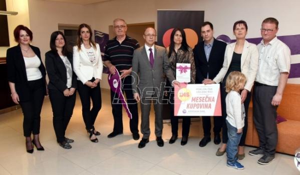 Uručene nagrade dobitnicima u nagradnoj igri Komercijalne Banke i Mastercarda