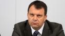 Igor Mirović: SNS ne stoji iza lepljenja plakata, treba razumeti da je u Srbiji slobodno izražavanje