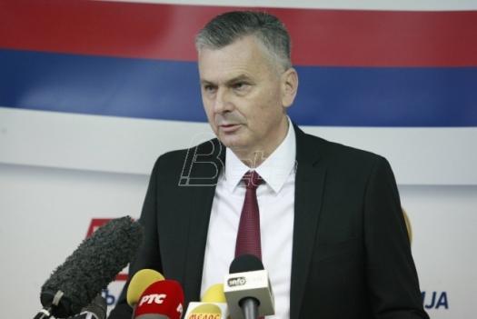 Zdrava Srbija: Vesiću, uoči 6. aprila u Beogradu se ne ističe nemačka zastava