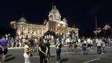 Ispred Skupštine Srbije nekoliko stotina gradjana na osmom protestu