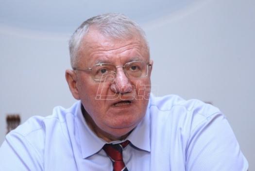 Šešelj optužio Zoranu Mihajlović za umešanost u aferu o trgovini naftnih derivata (VIDEO)