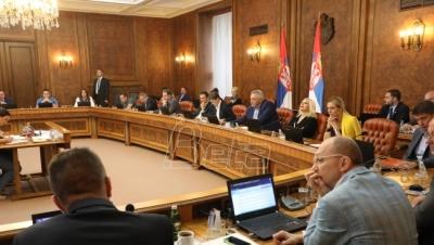 Vlada Srbije:  Minimalac povećan na 30.022 dinara