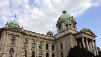 Kod Skupštine Srbije gradjani zaustavili saobraćaj