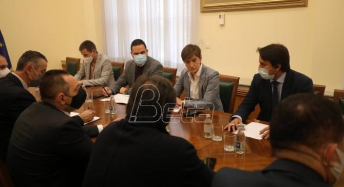 Vlada: Kontorola kovid propusnica počinje od subote, novčano kažnjavanje od ponedeljka