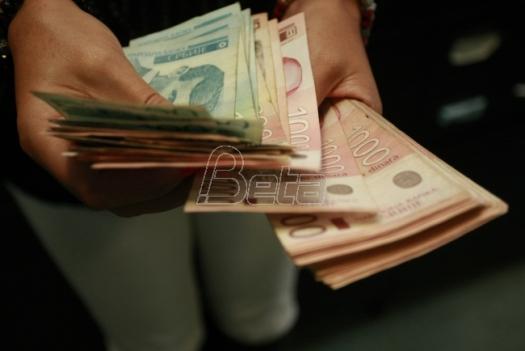 Evro u ponedeljak 123 dinara