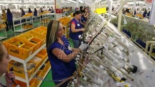 Radnici Jure vraćeni kućama, poslodavac obećao rad u smanjenom obimu