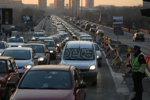 AMSS: Jutros saobraćaj umerenog intenziteta, popodne se očekuju gužve