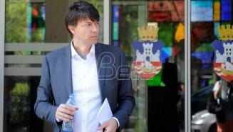 Nikola Jovanović pozvao okupljene na protestu Jedan od pet miliona da bojkotuju izbore