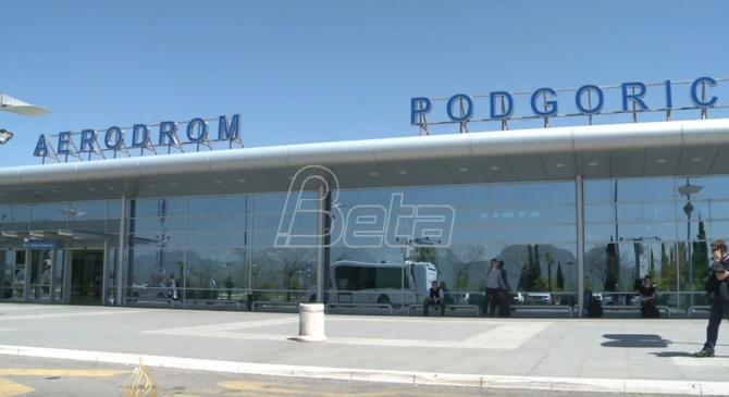 Gradjani koji u Crnu Goru ulaze iz Srbije direktno se upućuju u karantin