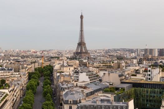 Ajfelov toranj sutra obeležava 300 miliona poseta