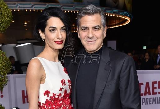 Amal Kluni trudna?