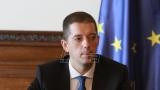 Djurić:  Tahiri može da predlaže izmene Ustava ako se kandiduje i pobedi na izborima u Srbiji