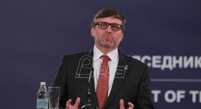 Palmer: Uslovi za izbore u Srbiji nisu idealni ali bojkot nije rešenje
