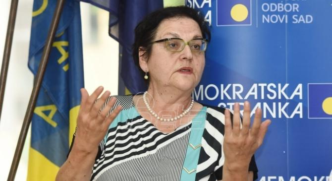 Gordana Čomić: Nit' mi smeta, nit' mi godi kad me brane Brnabić, Mihajlović...