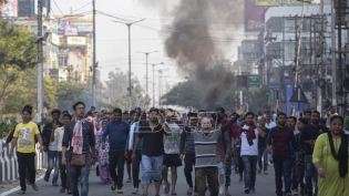 Indijska policija hapsila demonstrante protiv dodele državljanstva izbeglicama (VIDEO)