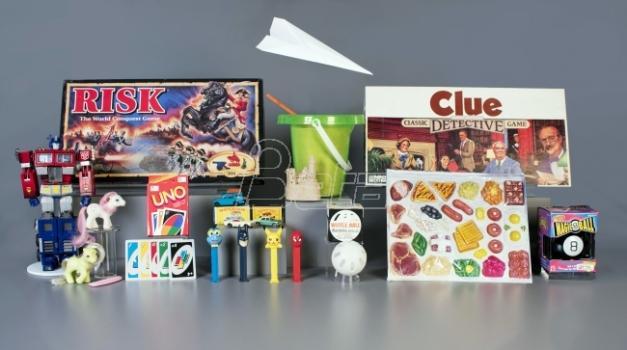 Avion od papira medju 12 finalista za Kuću slavnih igračaka