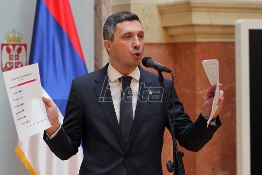 Boško Obradović: Kako banke peru pare u Srbiji - Dveriliks 2