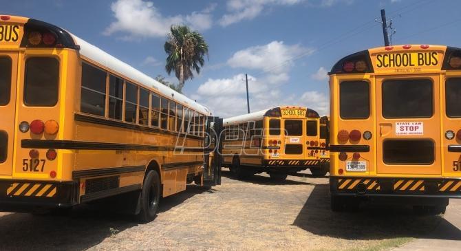 BIRN: Iznajmljeni školski minibusevi koštali GSP znatno više nego da su ih kupili. Vesić aneksirao ugovor