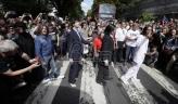 Obožavaoci obeležili 50 godina izlaska albuma Bitlsa Abbey Road (VIDEO)