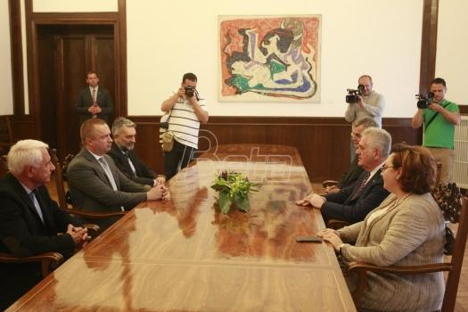 Ne pada nam pamet da budemo u vlasti sa Vučićem