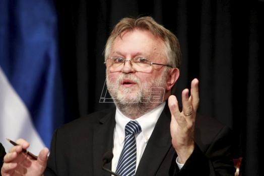Poslanik DJB o rastu državnih garancija na kredite i EPS