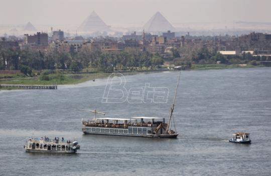 Arheolozi pronašli 1.000 statua i 10 sarkofaga u grobnici u Luksoru