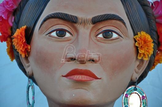 Više od 1.000 ljudi odeveno kao Frida Kalo u pokušaju da obore rekord