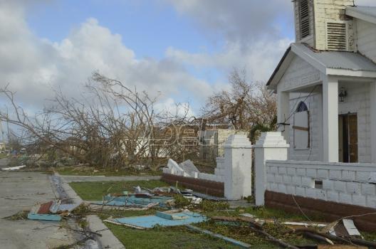 Irma napreduje preko Kariba