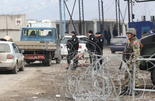 Napadnuto vozilo NBS za transport novca u blizini Jarinja