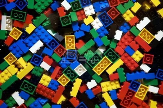 Lego zabeležio rekordnu zaradu (VIDEO)